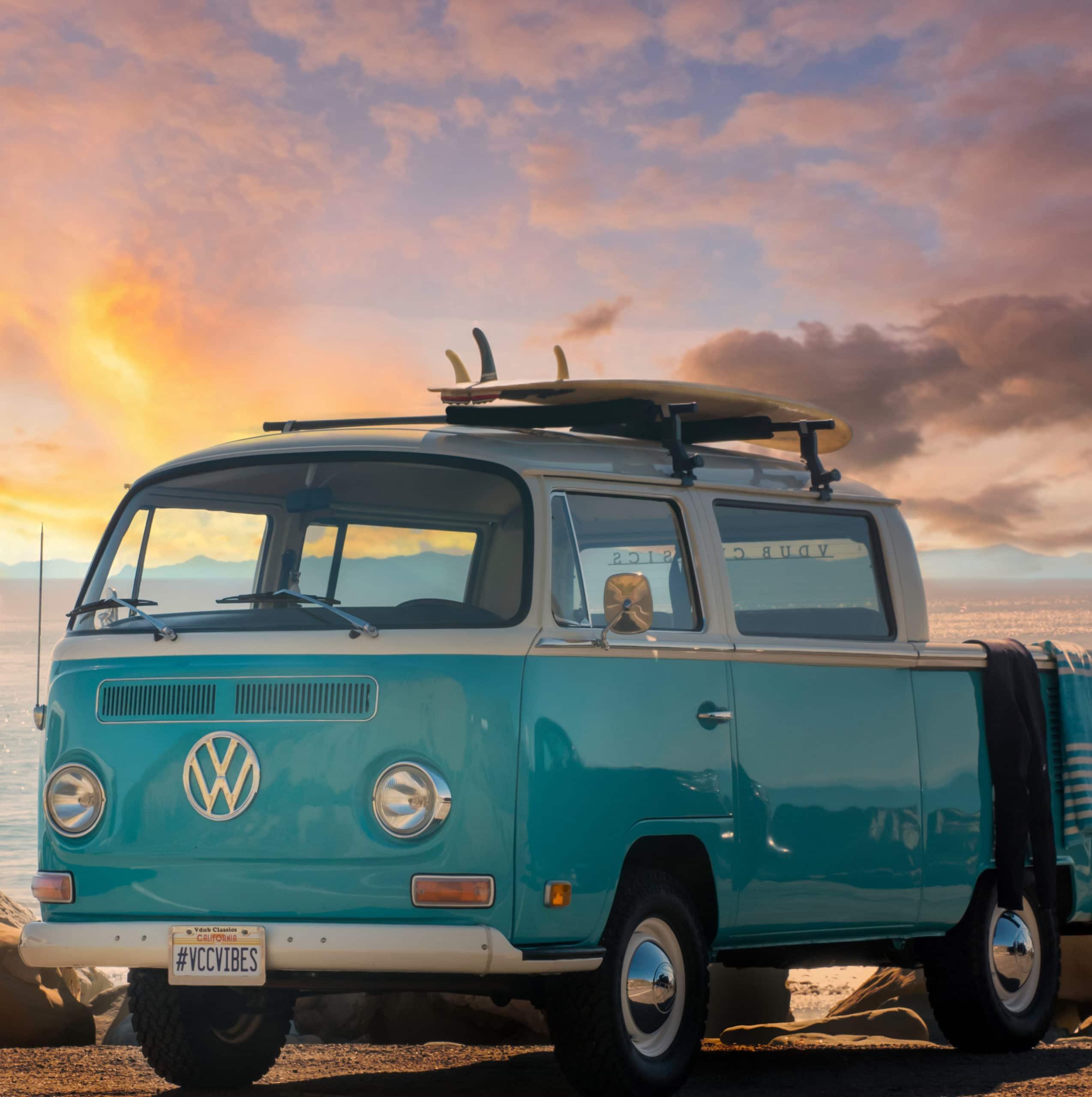 Ventura_Beach_VW Bus_Landscape (1)